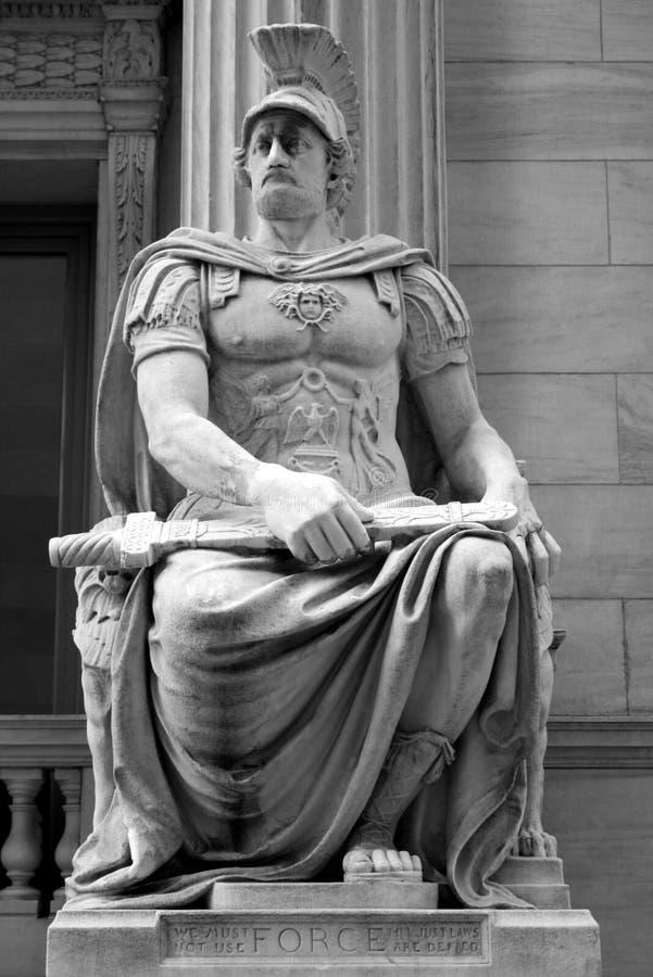 Standbeeld van Kracht stock afbeeldingen