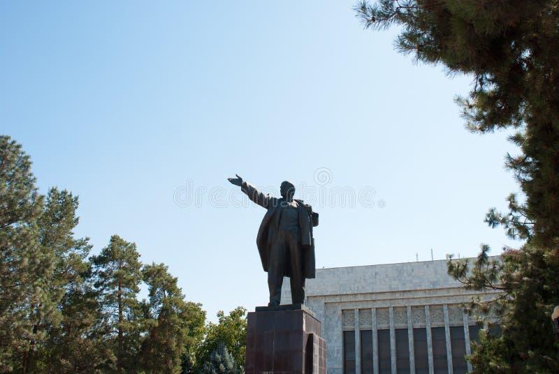 Standbeeld van Lenin in Centraal-Azië royalty-vrije stock fotografie