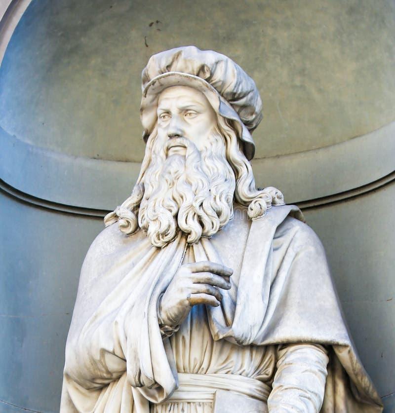 Standbeeld van Leonardo da Vinci, Florence royalty-vrije stock afbeelding