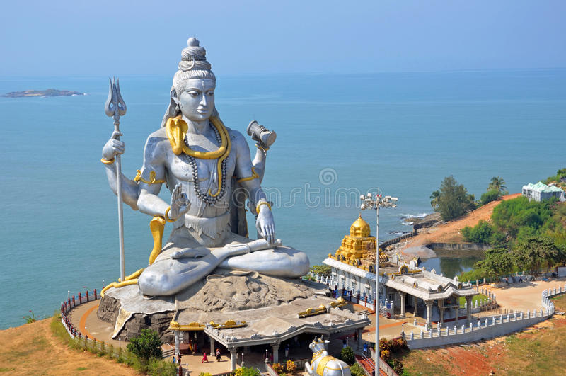 Standbeeld van Lord Shiva stock foto