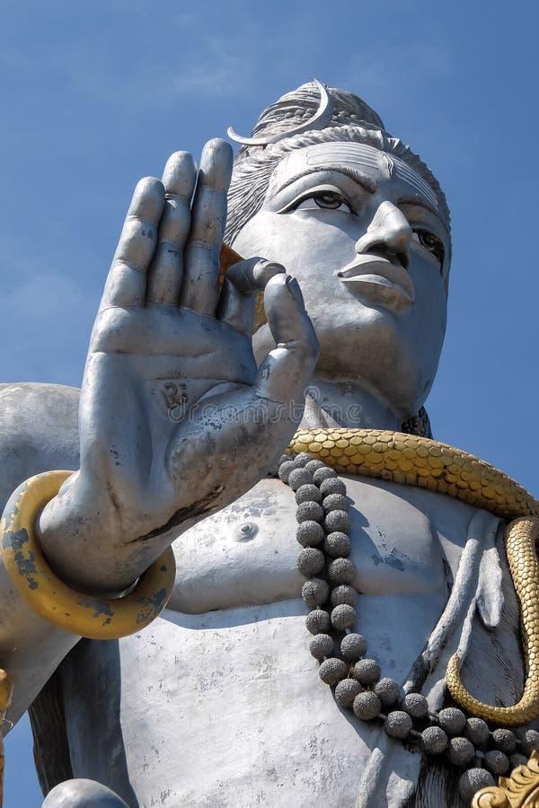 Standbeeld van Lord Shiva in Murdeshwar, India stock fotografie
