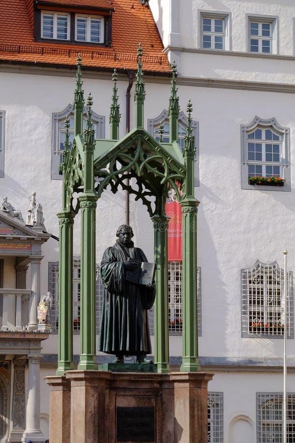 Standbeeld van Martin Luther reformator in Wittenberg, Duitsland royalty-vrije stock afbeelding