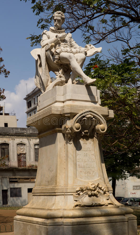 Standbeeld van Miguel de Cervantes Saavandra royalty-vrije stock afbeeldingen