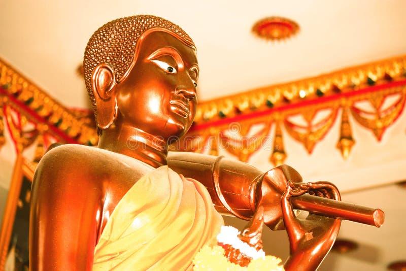 Download Standbeeld van monnik stock afbeelding. Afbeelding bestaande uit tempel - 39118167