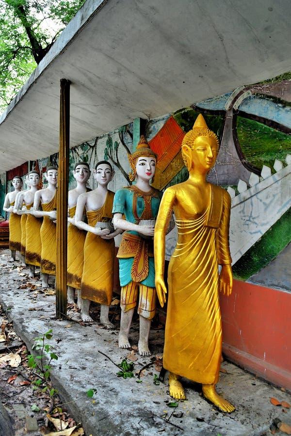 Standbeeld van monniken stock fotografie