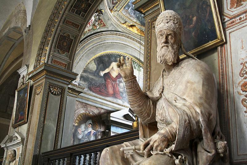 Standbeeld van Paus Gregorius XIII - Rome stock fotografie