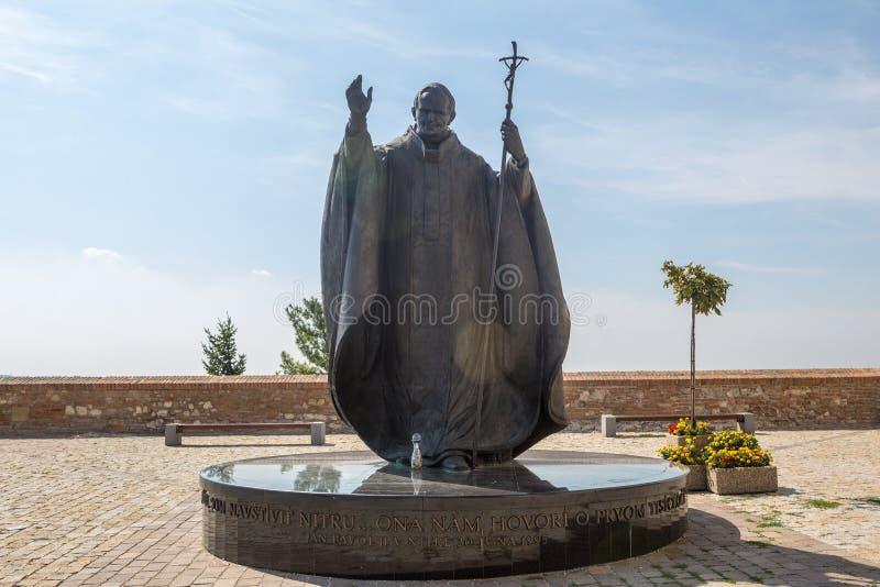 Standbeeld van Paus Johannes Paulus II in Nitra, Slowaakse republiek, centraal E royalty-vrije stock afbeeldingen