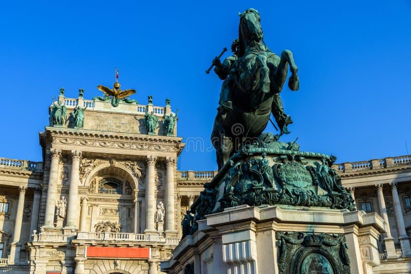 Standbeeld van Prins Eugene van Savooiekool in Wenen royalty-vrije stock foto's