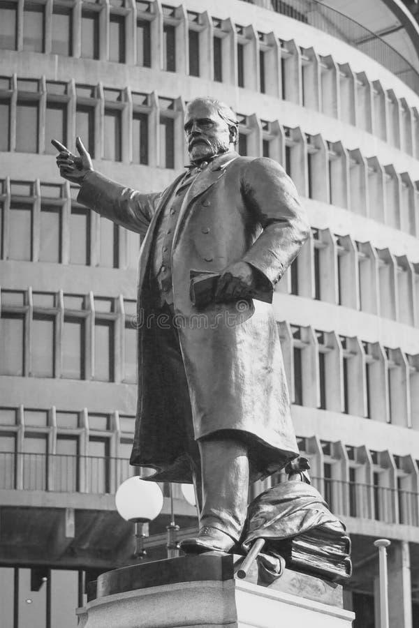 Standbeeld van Richard John Seddon buiten Parlementsgebouwen in Wellington, Nieuw Zeeland stock fotografie