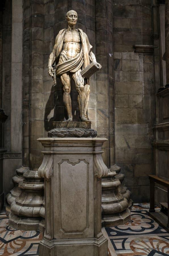 Standbeeld van St Bartholomew in de kathedraal van Milaan, Italië stock foto