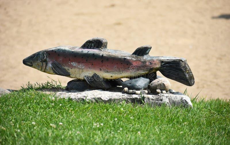 Standbeeld van Vissen stock afbeelding