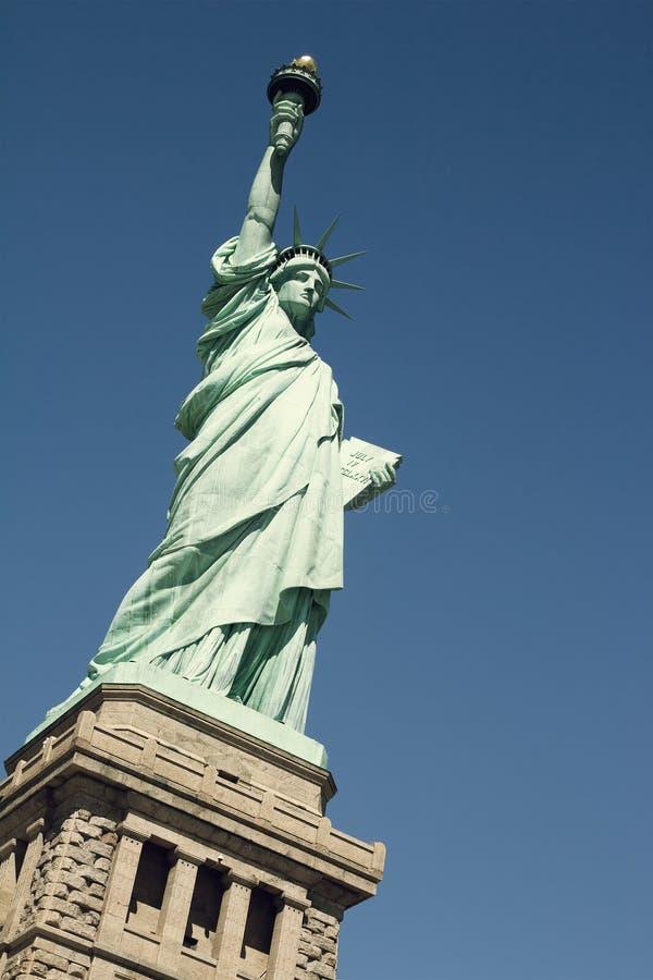 Download Standbeeld van Vrijheid stock afbeelding. Afbeelding bestaande uit toorts - 29513353