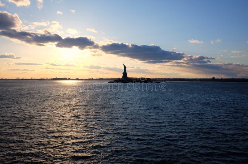 Standbeeld van Vrijheid in de Stad van New York Hudson River View royalty-vrije stock fotografie