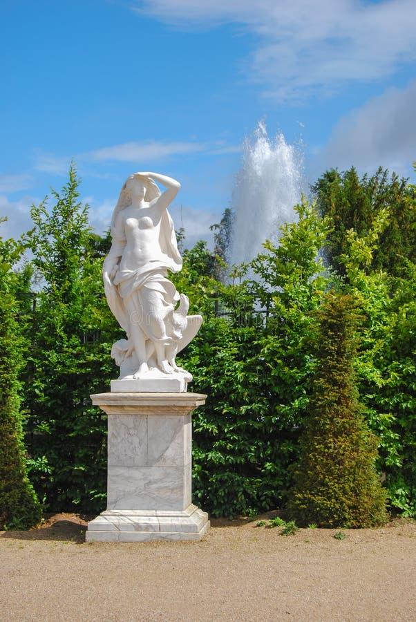 Standbeeld van vrijheid met adelaar in de Tuinen van Versailles, Frank royalty-vrije stock foto's
