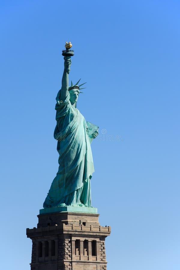 Standbeeld van Vrijheid op voetstuk royalty-vrije stock foto's