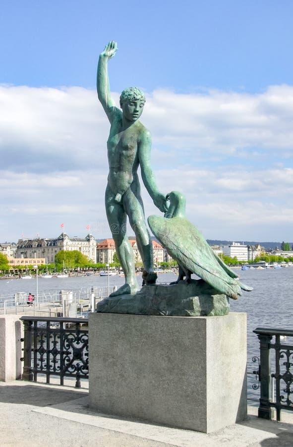 Standbeeld in Zürich royalty-vrije stock afbeeldingen