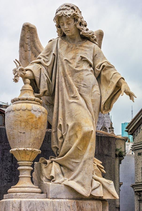 Standbeelden in de begraafplaats van La Recolta royalty-vrije stock afbeelding