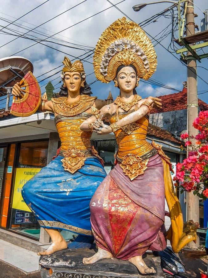 Standbeelden in het traditionele Balinese sluiten stock foto