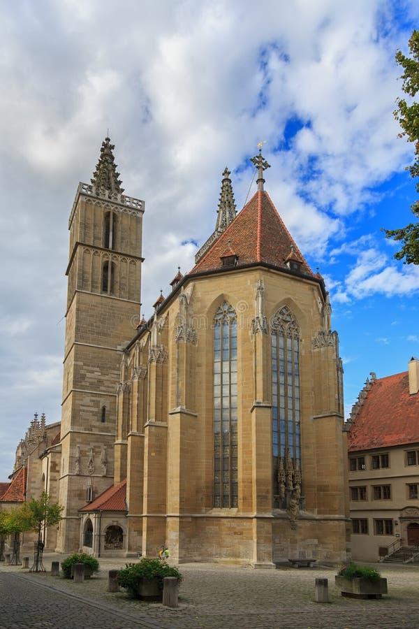 Standbeelden van heiligen op de lutheran muur van Heilige Jacob Church, binnen stock afbeeldingen