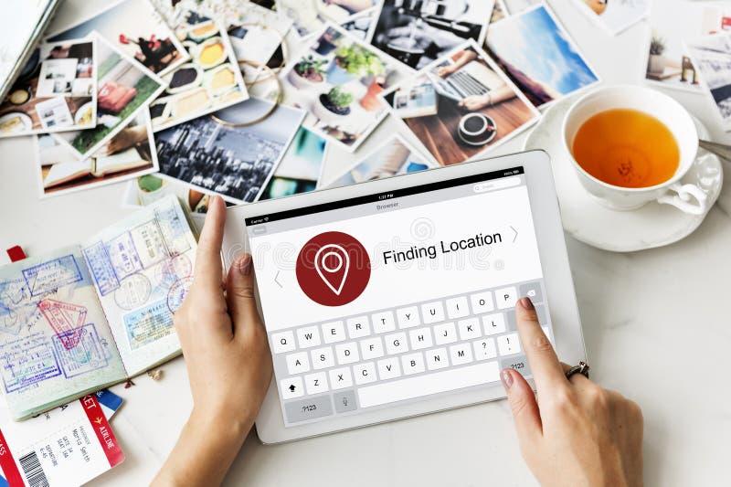 Standort-Sucher-Karten-Anwendungs-Konzept stockfotografie