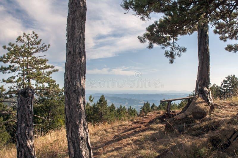 Standpunkt auf die Oberseite des Berges stockfoto