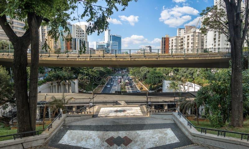 Standpunkt Mirante 9 de Julho - Sao Paulo, Brasilien lizenzfreie stockfotos