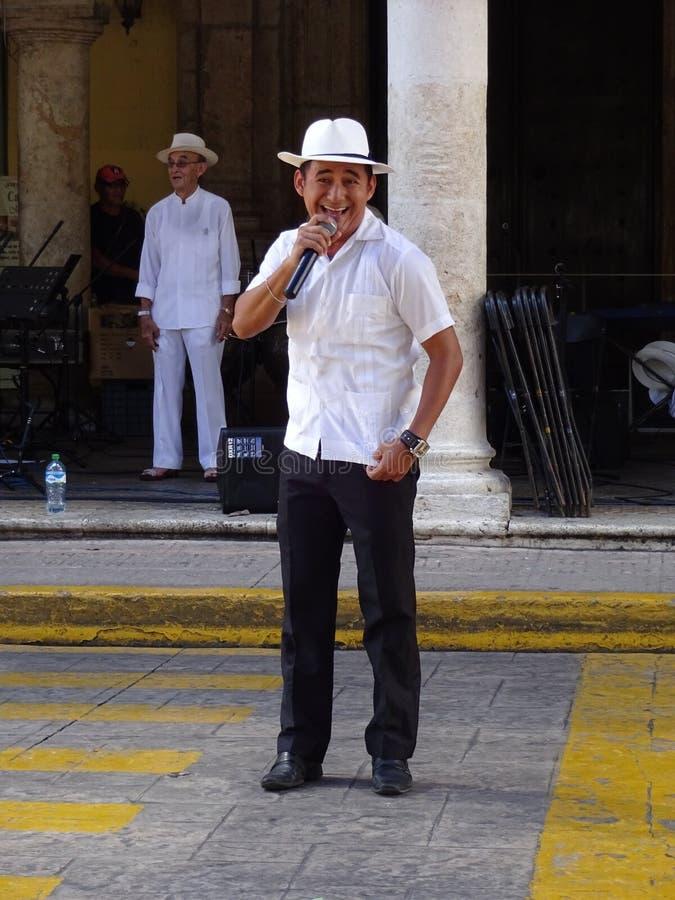 Standup komediförfattare i Merida Yucatan arkivbild