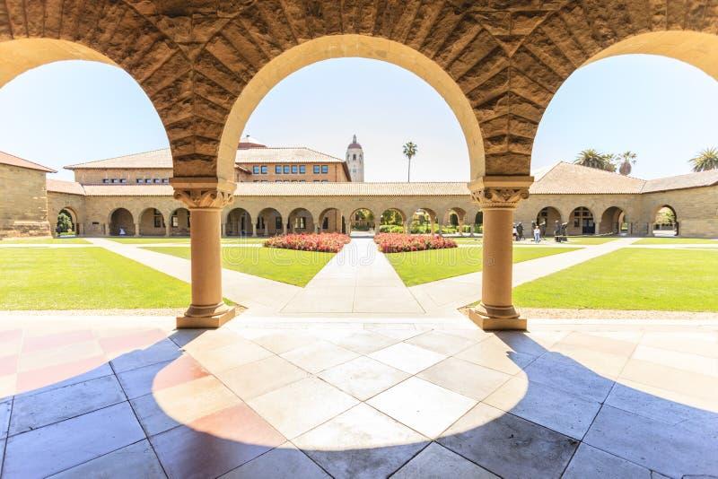 Stanford University på Palo Alto arkivbild