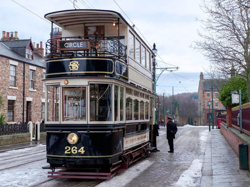 STANLEY, COUNTY DURHAM/UK - JANUARY 20 : Old Tram at the North o. F England Open Air Museum in Stanley, County Durham on January 20, 2018. Unidentified people royalty free stock images