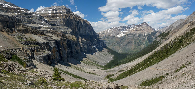 Stanley Glacier Valley en parc national de Kootenay photographie stock libre de droits