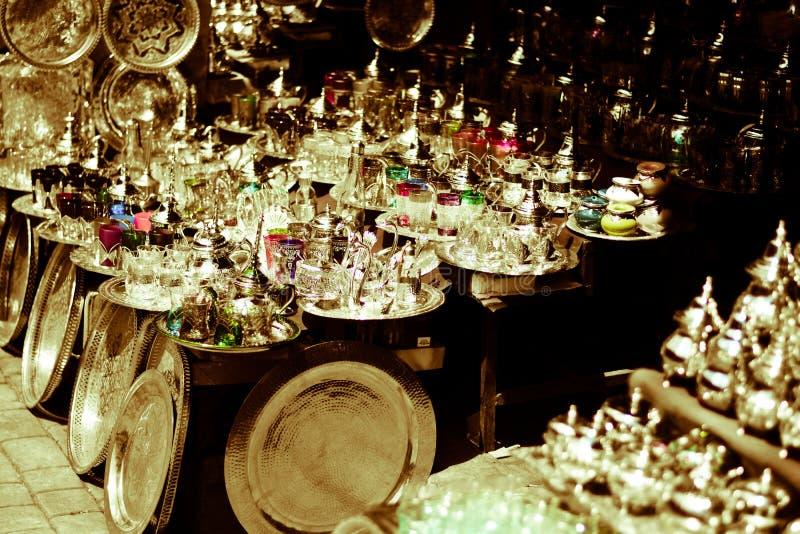 Stannar i östliga marknader med exotiska produkter royaltyfri bild