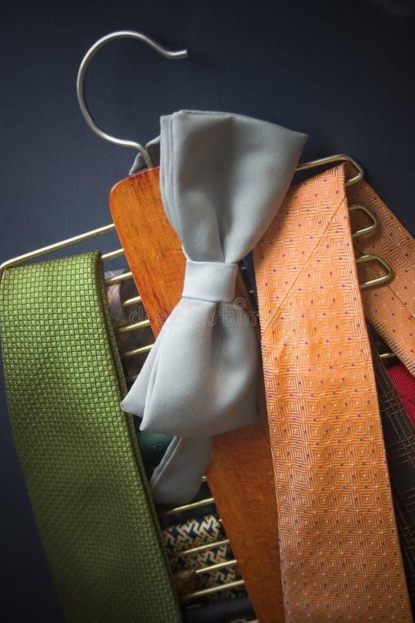 Download Stanowisko krawat zdjęcie stock. Obraz złożonej z platforma - 27528