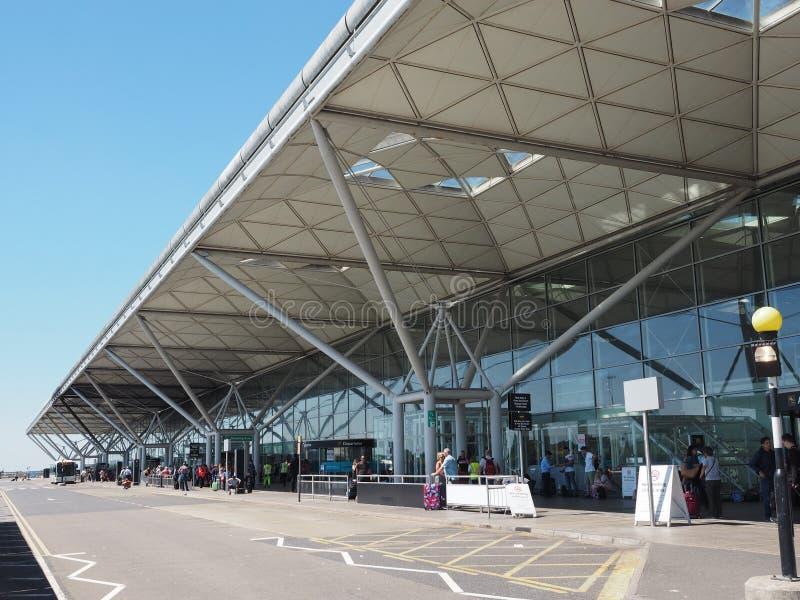 Stansted flygplats i London, UK arkivbilder