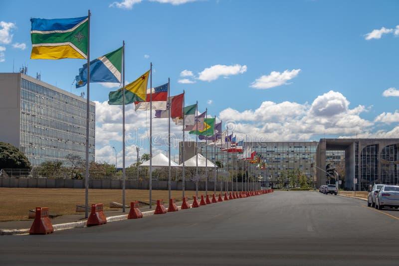 Stanu pas ruchu, Distrito Federacyjny, Brazylia - Alameda dos Estados, Brasilia - fotografia royalty free