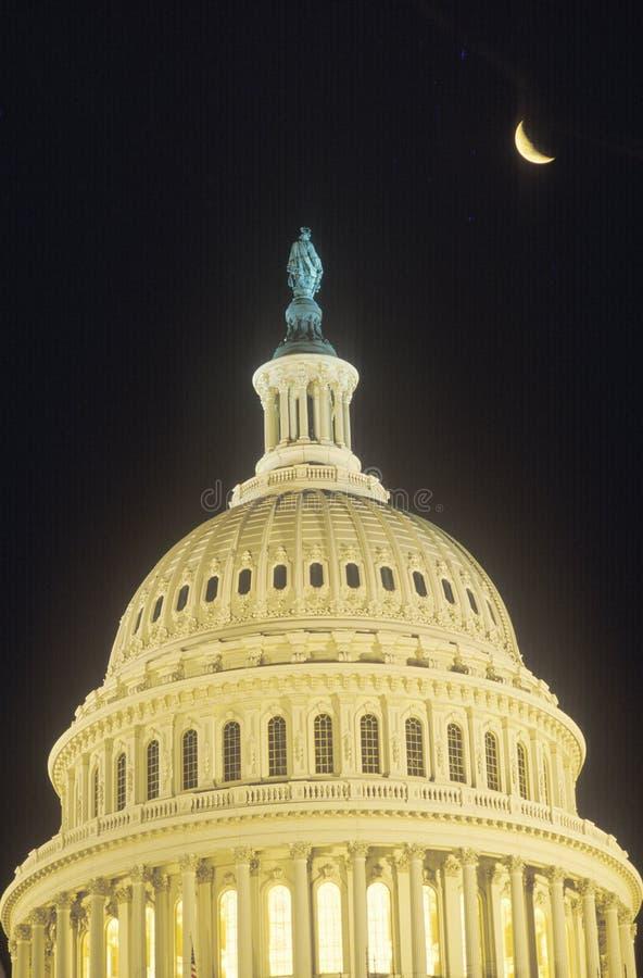 Stany Zjednoczone Capitol budynku kopuła z Półksiężyc księżyc, Waszyngton, d C obraz stock