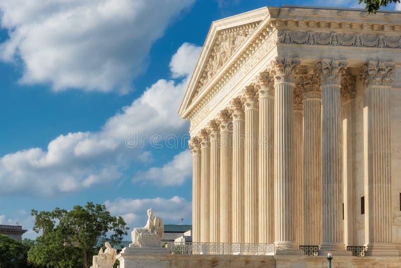 Stany Zjednoczone sądu najwyższy budynek przy letnim dniem w washington dc, usa fotografia stock