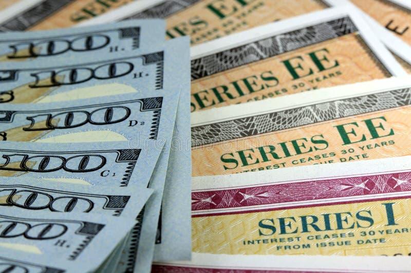 Stany Zjednoczone Savings więzi z Amerykańską walutą obrazy royalty free