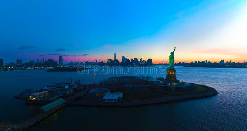 Stany Zjednoczone usa janvier ,10, 2019 New York City Sky View - usa - skyline with urban skyscrapers fotografia royalty free