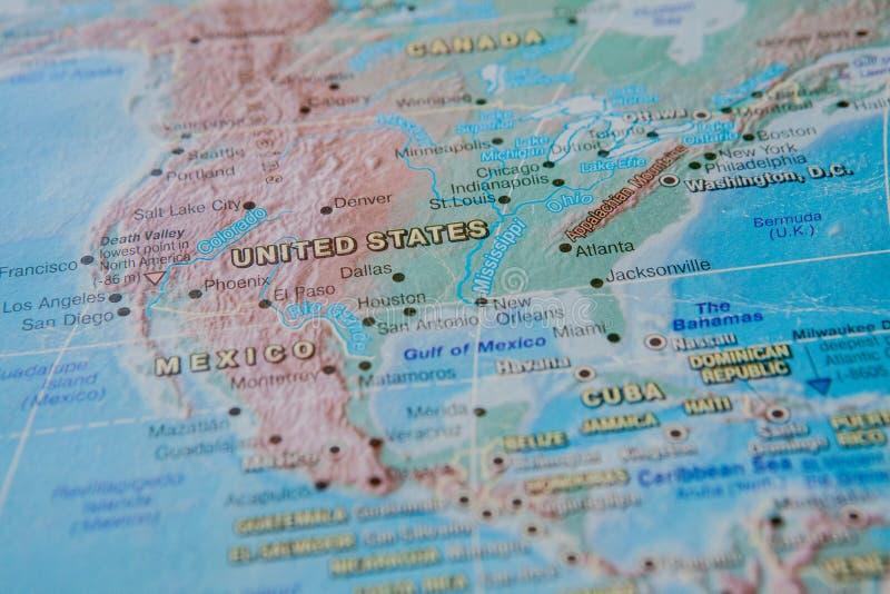 Stany Zjednoczone w zakończeniu na w górę mapy Ostrość na imieniu kraj Vignetting skutek fotografia stock