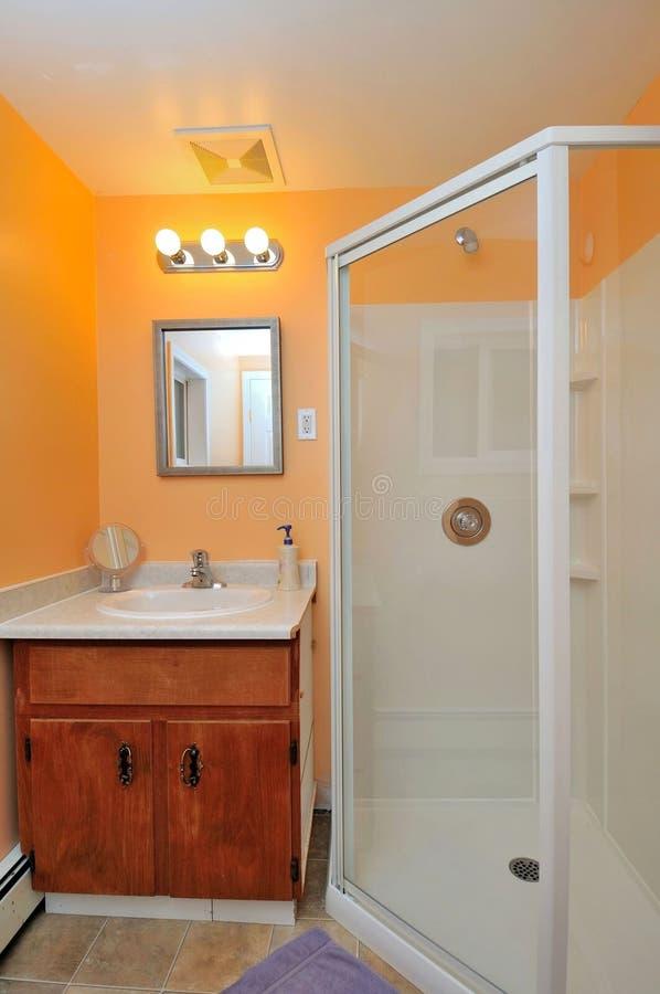 Stanza da bagno e lavabo fotografie stock libere da diritti