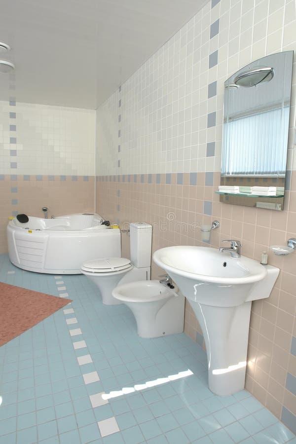 Stanza da bagno in hotel fotografia stock libera da diritti