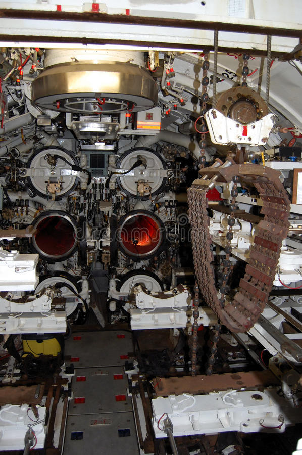 Stanza della torpedine di sottomarino fotografie stock libere da diritti