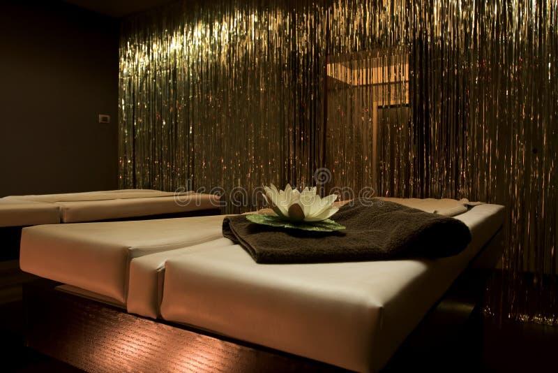Stanza di massaggio in STAZIONE TERMALE fotografie stock libere da diritti