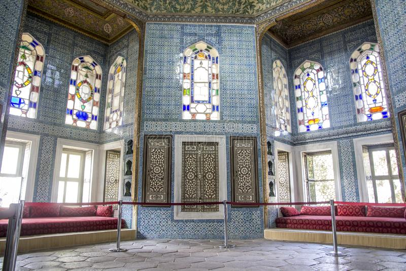 Stanza per gli ospiti e tè nel palazzo di Topkapi immagini stock