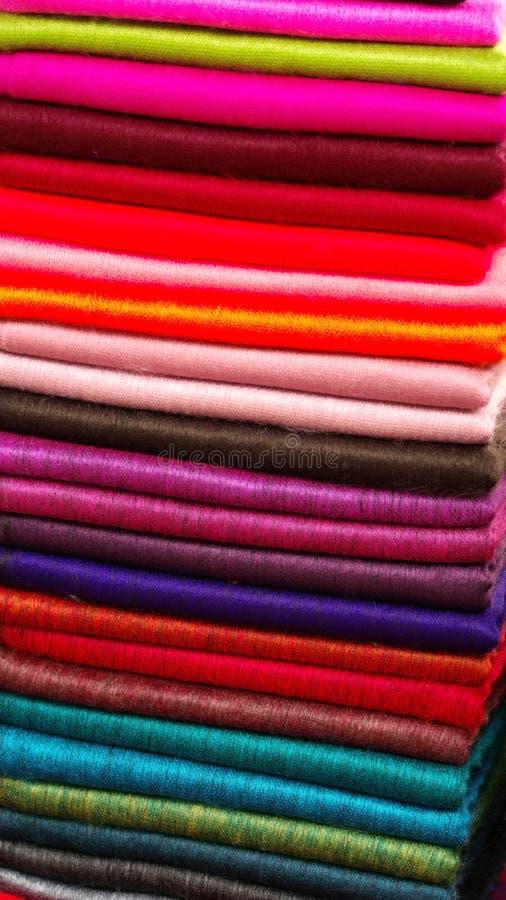 Stapel av scarves royaltyfria bilder