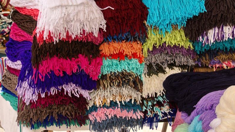 Stapel av scarves arkivbilder