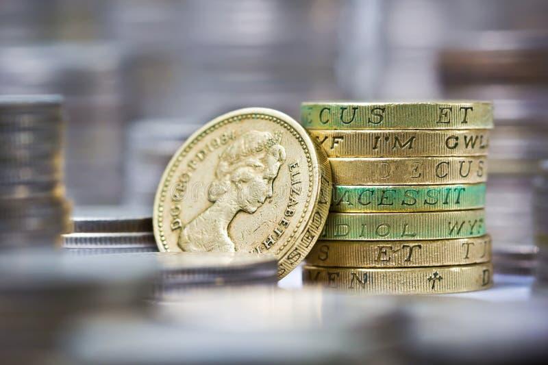 Stapel Britse pondmuntstukken royalty-vrije stock afbeeldingen