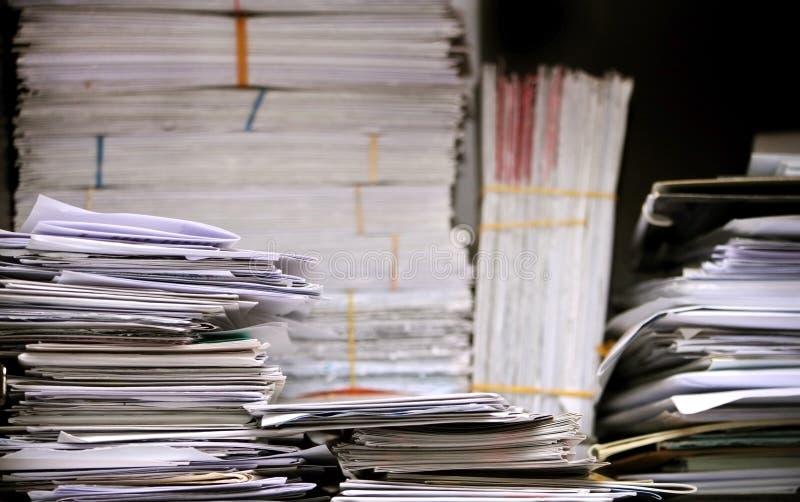 Stapel Buchstaben und Papiere lizenzfreies stockfoto