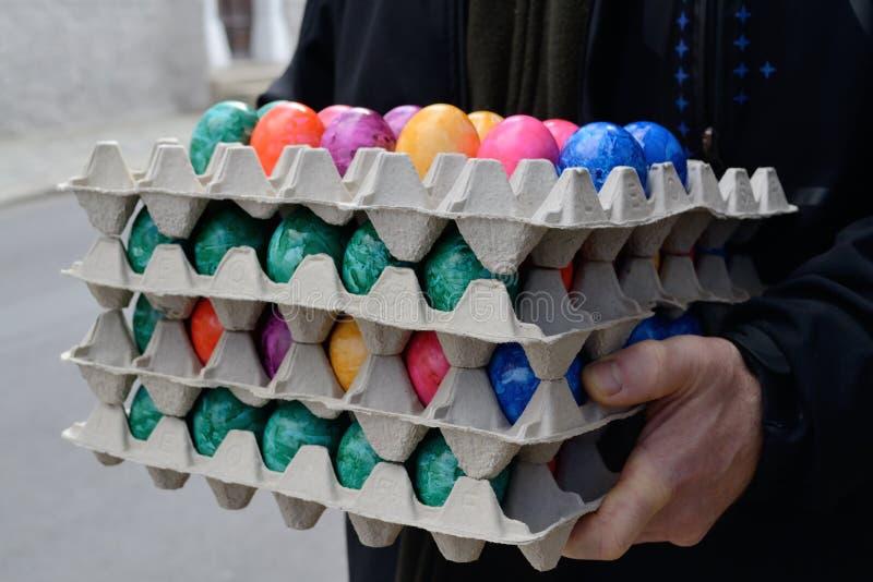 Stapel der befleckten Eier lizenzfreie stockfotos