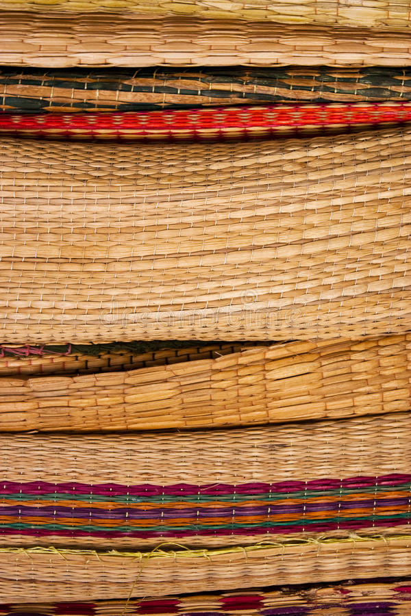 Stapel des Bambuswebartschilfs lizenzfreie stockfotos